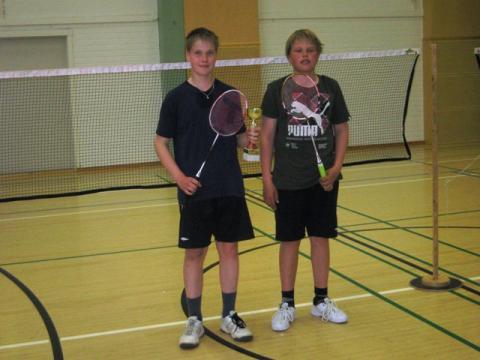 Junioreiden 2-pelaajat Jouni Väkiparta ja Kalle Elfving (31.5.2011)